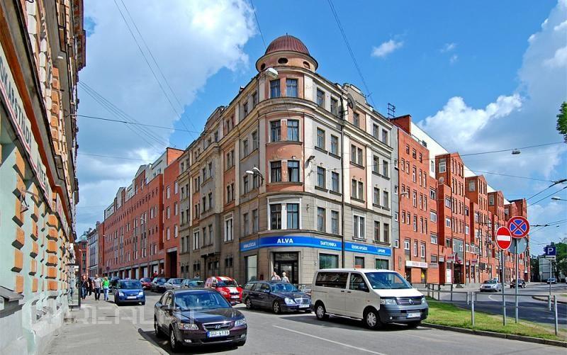 Улица Sadovņikova F.