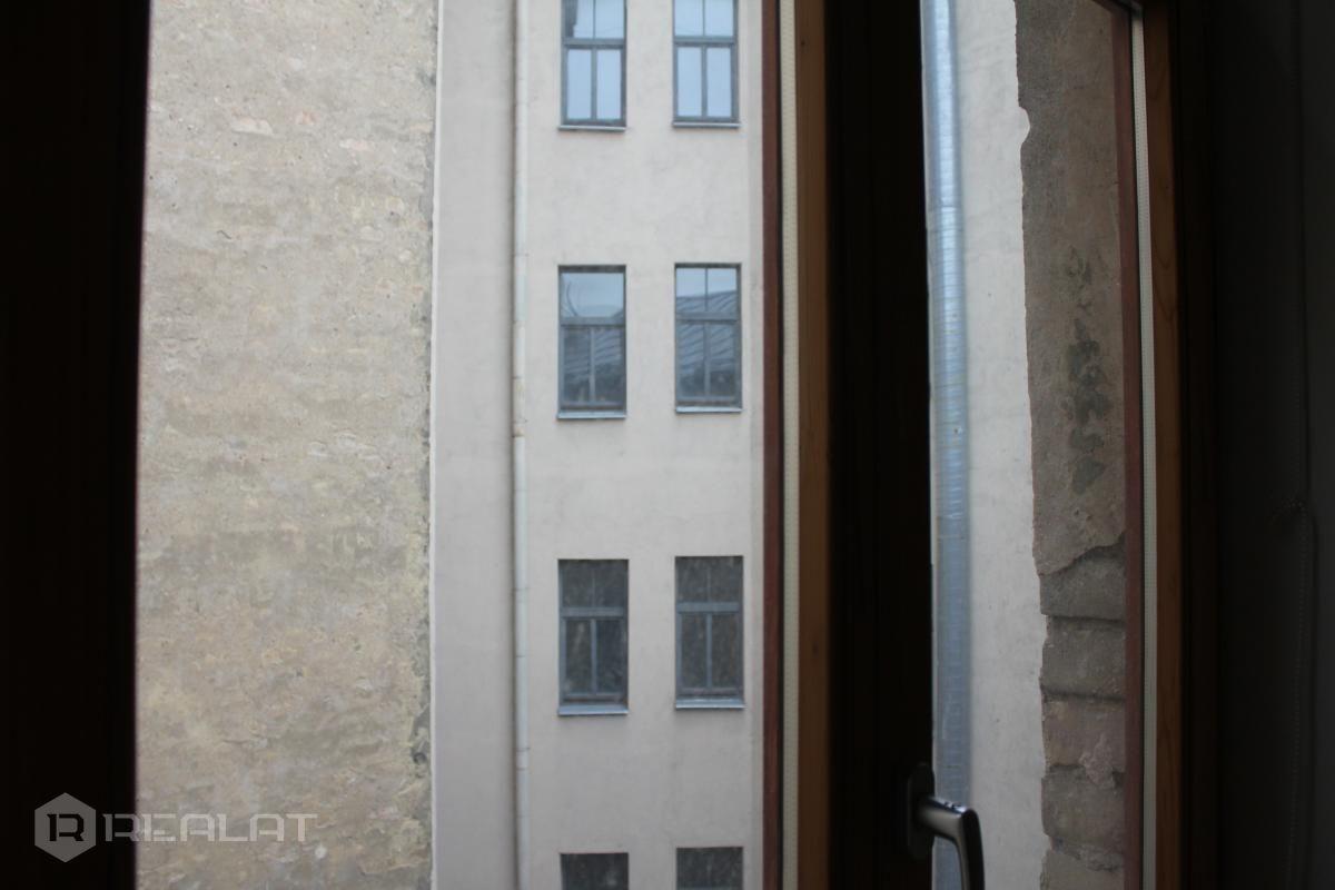 Skolas iela