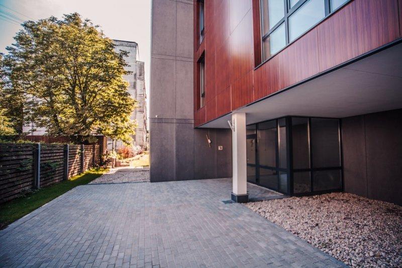 Bauskas iela 45,   Rīga